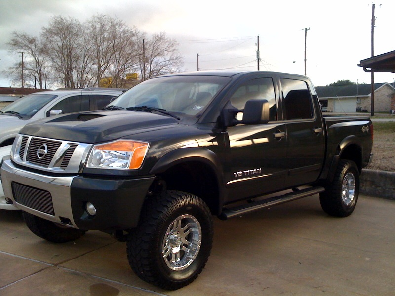 just traded nissan titan procomp extreme crew cab 4 4 2008 model with only 27 000 miles. Black Bedroom Furniture Sets. Home Design Ideas