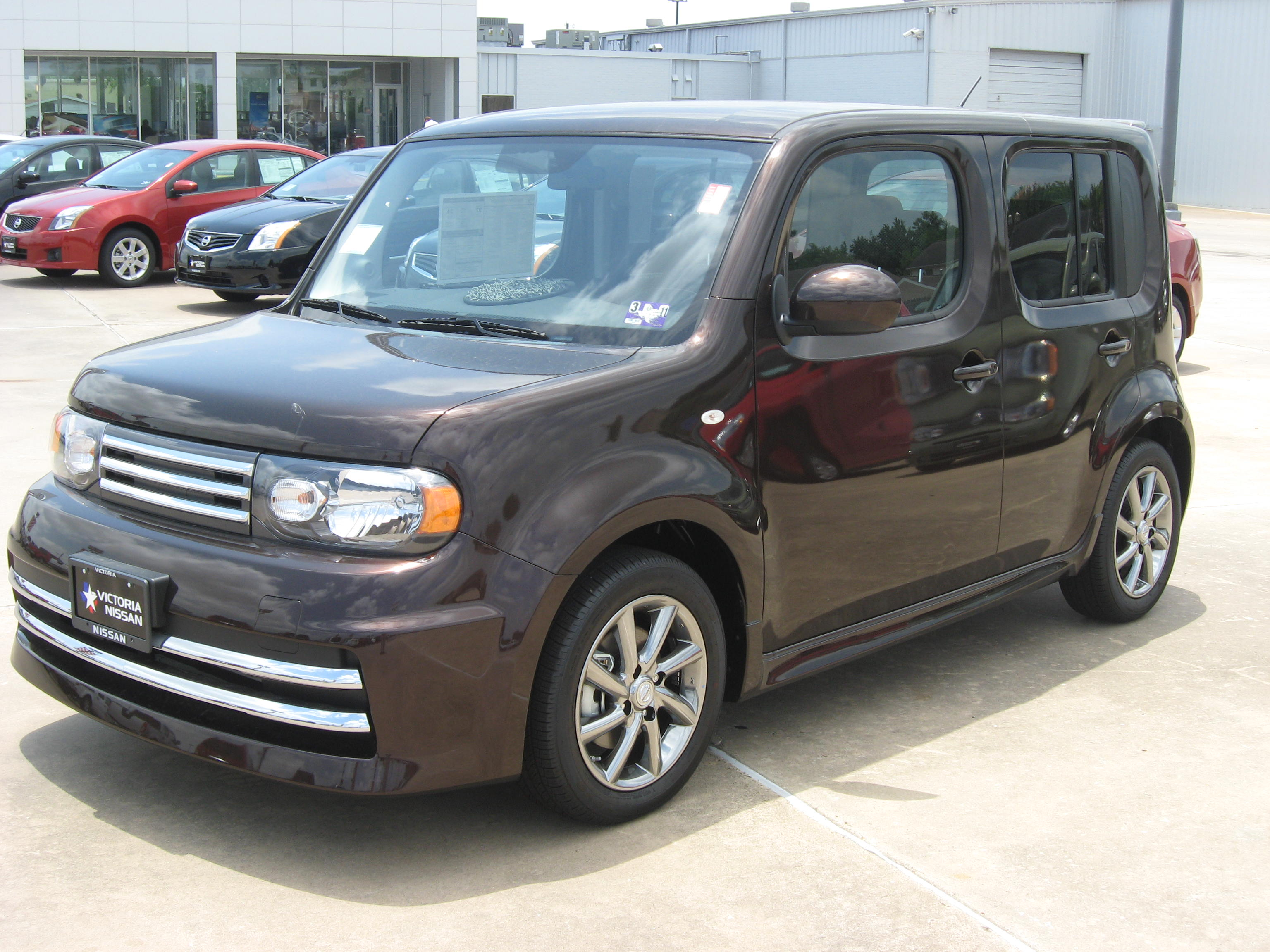 2010 nissan cube dare to be different victoria nissan news 2010 nissan cube dare to be different vanachro Choice Image